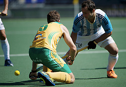 DEN HAAG - Rabobank Hockey World Cup<br /> 28 Argentina - South Africa<br /> Foto: Guido Barreiros (blue).<br /> COPYRIGHT FRANK UIJLENBROEK FFU PRESS AGENCY