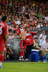 Hong Kong, China - Friday, July 27, 2007: Liverpool's manager Rafael Benitez instructs Fernando Torres before bringing him on as a substitute against Portsmouth during the final of the Barclays Asia Trophy at the Hong Kong Stadium. (Photo by David Rawcliffe/Propaganda)