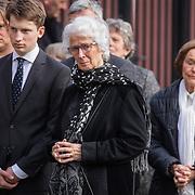 NLD/Rotterdam/20180220 - Herdenkingsdienst Ruud Lubbers, partner Ria Hoogenwegen en kleinkind
