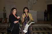 Sandy Klein and Jeannette Lorell. Launch of ' The World of Private Castles, Palaces and Estates. Syon House. 31 October 2005. ONE TIME USE ONLY - DO NOT ARCHIVE © Copyright Photograph by Dafydd Jones 66 Stockwell Park Rd. London SW9 0DA Tel 020 7733 0108 www.dafjones.com