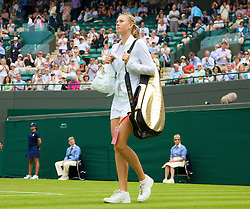 LONDON, ENGLAND - Tuesday, June 24, 2008: Maria Sharapova (RUS) walks onto Centre Court before her first round match on day two of the Wimbledon Lawn Tennis Championships at the All England Lawn Tennis and Croquet Club. (Photo by David Rawcliffe/Propaganda)