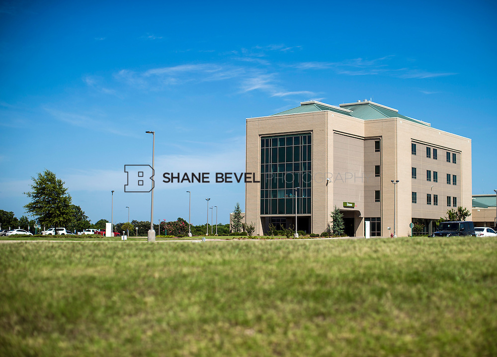 7/13/16 3:47:02 PM --  Muskogee campus exteriors of main campus and Main Street campus. <br /> <br /> Photo by Shane Bevel