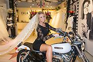 DEURNE - Portretten van Ramona Poels in haar bruidswinkel Koonings te Deurne. FOTO LEVIN DEN BOER - KWALITEITFOTO.NL