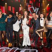 NLD/Hilversum/20151211 - 2e Liveshow The Voice of Holland, TVOH, Dave Vermeulen, Melissa Janssen, Jared Grant, Ivan Peroti, Maan, Ivar Vermeulen, Jennie Lena, Neda Boin en Brace