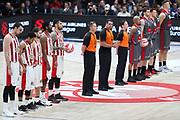 Squadre a metà campo e inno Euroleague, Ax Armani Exchange Olimpia Milano vs Olympiacos Piraeus, Euroleague 2018, Milano 23 novembre 2017 - foto BERTANI/Ciamillo-Castoria