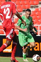 FOOTBALL - AFRICAN NATIONS CUP 2010 - GROUP A - MALAWI v ALGERIA - 11/01/2010 - PHOTO MOHAMED KADRI / DPPI - NADIR BELHADJ (ALG)