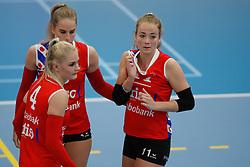 20190424 NED: Sliedrecht Sport - VC Sneek: Sliedrecht<br /> Teleurstelling VC Sneek, oa Sietske Osinga (10), Hester Jasper (4), Anlene van der Meer (3), Roos van Wijnen (11) of VC Sneek<br /> ©2019-FotoHoogendoorn.nl / Pim Waslander