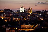 "From hotel ""Casa das Janelas com Vista"" the summit of Basilica da Estrela can be seen."