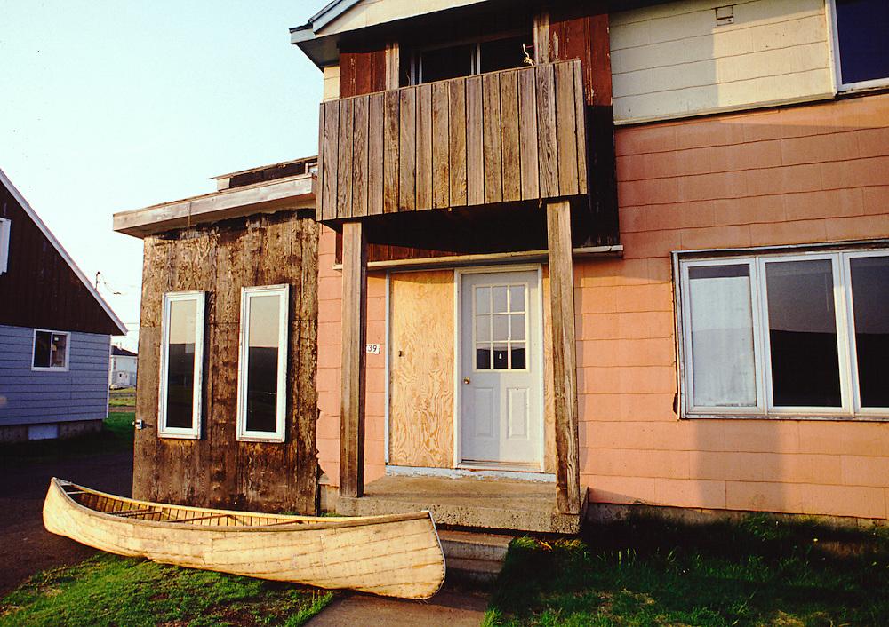 Matimekosh, réserve indienne innue du Québec (Canada) située dans la MRC de Caniapiscau dans la région de la Côte-Nord. Matimekosh est enclavée dans la municipalité de Schefferville.