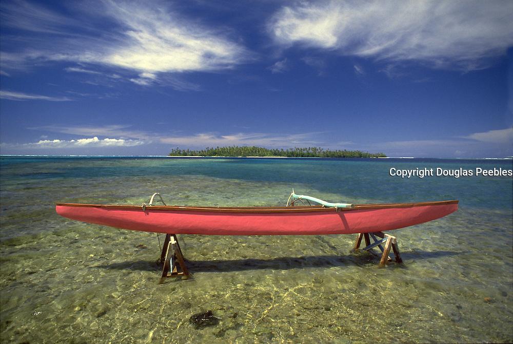Canoe, Huahine, French Polynesia<br />