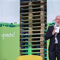 Nederland, Waddinxveen , 31 oktober 2016.Lidl opent het meest duurzame distributiecentrum van Nederland in Waddinxveen. Bij de bouw is veel aandacht besteed aan duurzaamheid. Zo beschikt het gebouw over 4.000 zonnepanelen, is er een warmte-koude-opslag onder het gebouw om lucht in op te slaan en worden er meer dan 11.000 bomen, planten en struiken rondom het gebouw geplaatst. Jacqueline Cramer sprak tijdens de opening en roemde Lidl om haar inzet op het gebied van duurzaam bouwen.<br /><br />Foto en bijschrift vallen buiten verantwoordelijkheid van de Algemene Nieuwsdienst van het ANP. Foto is vrij van rechten en mag alleen redactioneel gebruikt worden in de context van het bijschrift.