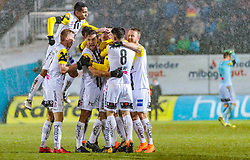 17.02.2018, TGW Arena, Pasching, AUT, 1. FBL, LASK Linz vs Cashpoint SCR Altach, 23. Runde, im Bild Torjubel LASK nach dem 1:0 durch Gernot Trauner (LASK) // during the Austrian Football Bundesliga 23rd Round match between LASK Linz und Cashpoint SCR Altach at the TGW Arena in Pasching, Austria on 2018/02/17. EXPA Pictures © 2018, PhotoCredit: EXPA/ JFK