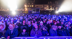 Edinburgh, United Kingdom. 9 December,2017. Sleep in the Park, held in Princes Street Gardens in Edinburgh, will see almost 9000 people sleep outdoors to raise money and awareness of homelessness. The event is organised by Social Bite and starts with a music concert. General view of audience .
