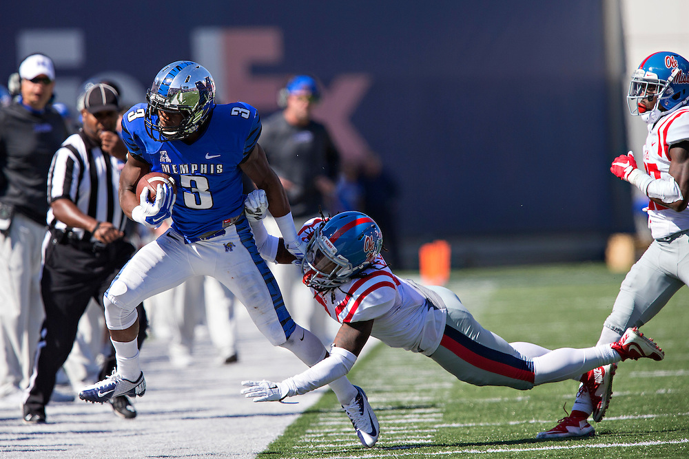 MEMPHIS, TN - OCTOBER 17:  Anthony Miller #3 of the Memphis Tigers is pushed out of bounds by Trae Elston #7 of the Ole Miss Rebels at Liberty Bowl Memorial Stadium on October 17, 2015 in Memphis, Tennessee.  The Tigers defeated the Rebels 37-24.  (Photo by Wesley Hitt/Getty Images) *** Local Caption ***  Anthony Miller; Trae Elston