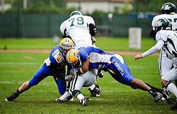 15.05.2010, Stadion Eggenberg, Graz, AUT, EFL, Turek Graz Giants vs Danube Dragons, im Bild OL Roland Brandt, Danube Dragons, EXPA Pictures © 2010, PhotoCredit: EXPA/ S. Zangrando / SPORTIDA PHOTO AGENCY