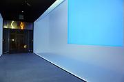 Mannheim. 08.11.17 | Zum Neubau Kunsthalle<br /> Innenstadt. Kunsthalle. Pressegespräch zum Neubau der Neuen Kunsthalle. Die Eröffnung der Neuen Kunsthalle im Dezember nur mit Skulpturen - keine Gemälde wegen technischen Verzögerungen.<br /> <br /> <br /> <br /> <br /> BILD- ID 01550 |<br /> Bild: Markus Prosswitz 08NOV17 / masterpress (Bild ist honorarpflichtig - No Model Release!)