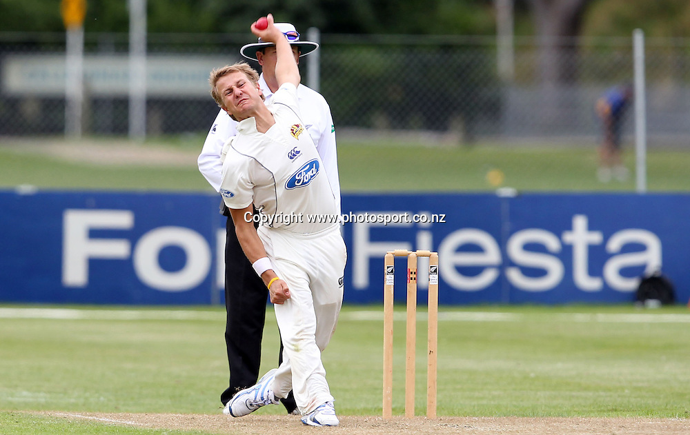 Neil Wagner in action for the Volts.<br /> Cricket - Otago Volts v Central Stags. Plunket Shield Cricket Match. University Oval, Dunedin. Monday 14 March 2011.<br /> Photo: Rob Jefferies/PHOTOSPORT