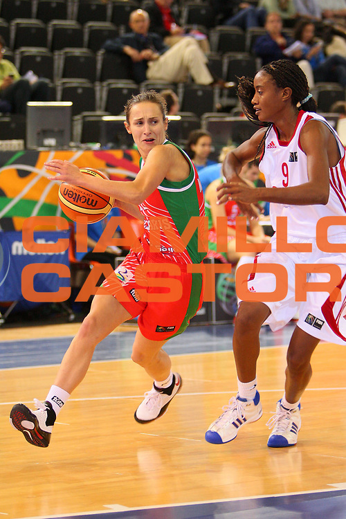 DESCRIZIONE : Madrid 2008 Fiba Olympic Qualifying Tournament For Women Cuba Belarus <br /> GIOCATORE : Natallia Marchanka <br /> SQUADRA : Belarus Bielorussia <br /> EVENTO : 2008 Fiba Olympic Qualifying Tournament For Women <br /> GARA : Cuba Belarus Bielorussia <br /> DATA : 10/06/2008 <br /> CATEGORIA : Penetrazione <br /> SPORT : Pallacanestro <br /> AUTORE : Agenzia Ciamillo-Castoria/S.Silvestri <br /> Galleria : 2008 Fiba Olympic Qualifying Tournament For Women <br /> Fotonotizia : Madrid 2008 Fiba Olympic Qualifying Tournament For Women Cuba Belarus <br /> Predefinita :