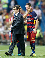 FC Barcelona's Thomas Vermaelen injured in presence of the Doctor Ricard Pruna and Jordi Alba during La Liga match.September 12,2015. (ALTERPHOTOS/Acero)