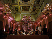 Cy Twombly: 50 Years of Works on Paper private view at the Serpentine and dinner at Banqueting House. 16 april 2004. ONE TIME USE ONLY - DO NOT ARCHIVE  © Copyright Photograph by Dafydd Jones 66 Stockwell Park Rd. London SW9 0DA Tel 020 7733 0108 www.dafjones.com