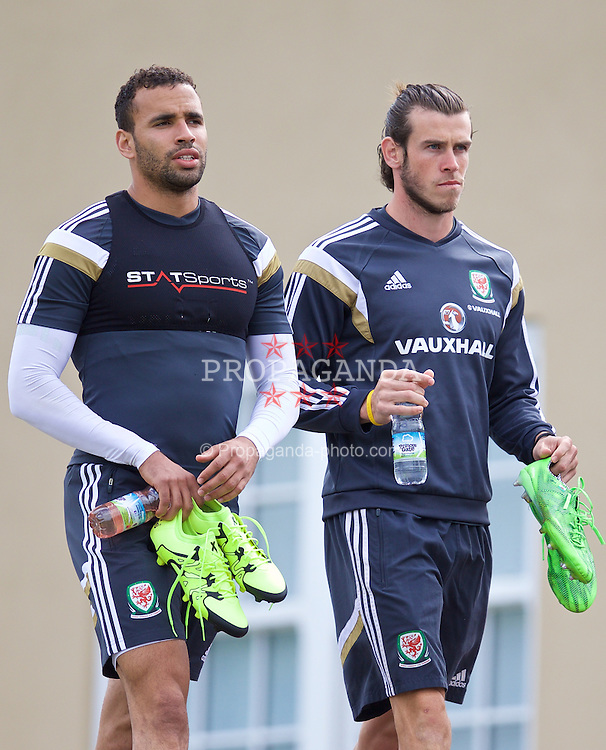 CARDIFF, WALES - Monday, June 8, 2015: Wales' Hal Robson-Kanu and Gareth Bale during a training session at the Vale of Glamorgan ahead of the UEFA Euro 2016 Qualifying Round Group B match against Belgium. (Pic by David Rawcliffe/Propaganda)