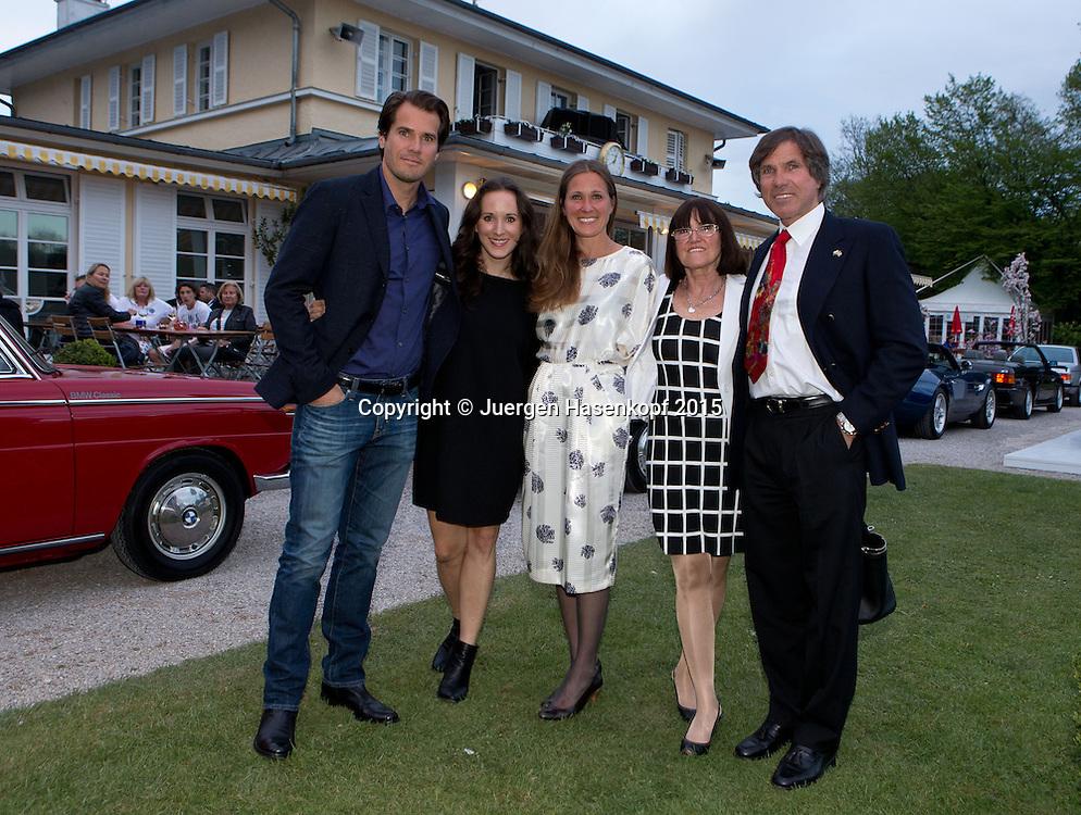 BMW Open Players Party,<br /> Tommy Haas, mit seinen Schwestern Karin und Sabine, Mutter Brigitte und Vater Peter.<br /> <br /> Tennis - BMW Open - ATP -   - Muenchen - Bayern - Germany  - 27 April 2015. <br /> &copy; Juergen Hasenkopf