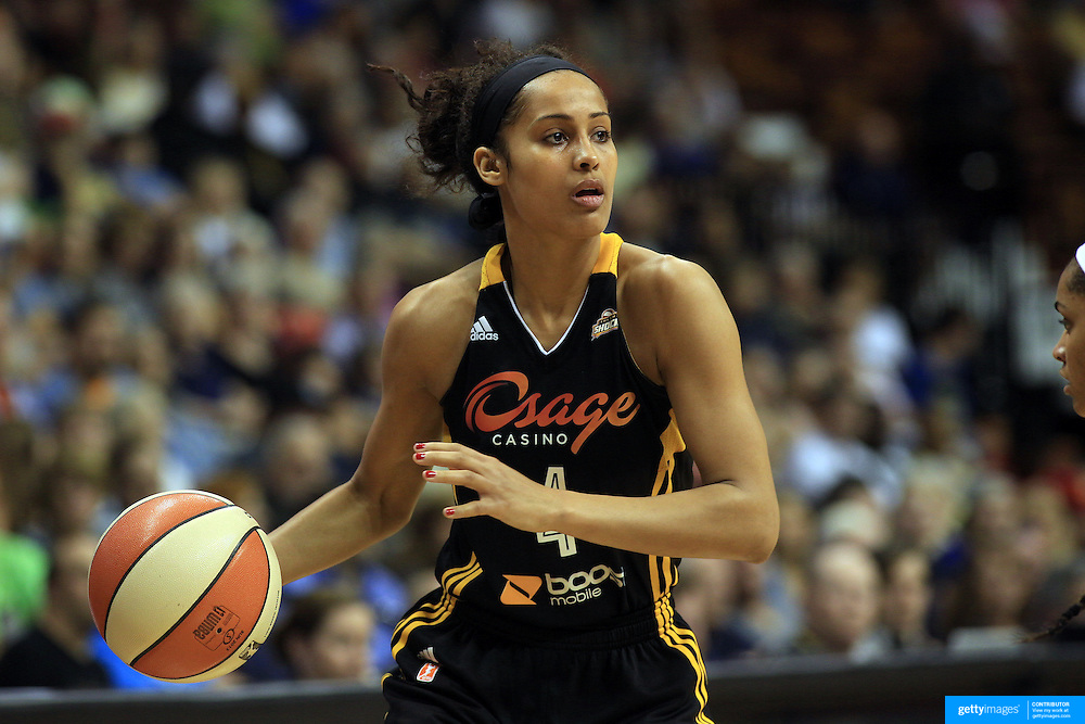 Skylar Diggins, Tulsa Shock, in action during the Connecticut Sun V Tulsa Shock WNBA regular game at Mohegan Sun Arena, Uncasville, Connecticut, USA. 2nd July 2013. Photo Tim Clayton