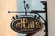 Jindrichuv Hradec/Tschechische Republik, Tschechien, CZE, 31.08.2007: Das Unternehmen Hill&acute;s Liquere S.R.O. wurde 1920 von Albin Hill  gegr&uuml;ndet. Die Tradition wurde 1947 von Radomil Hill weitergef&uuml;hrt - heute wird das Unternehmen von seiner Tochter Ilona Musialova geleitet. Hill&acute;s Spirituosen Gesch&auml;ft in der Innenstadt von Jindrichuv Hradec.<br /> <br /> Jindrichuv Hradec/Czech Republic, CZE, 31.08.2007: Albin Hill established Hill's Liguere in 1920. He started out as a wine wholesaler and soon after he began producing his own liquor and liqueurs. In 1947 his son Radomil Hill continues this tradition and today his daughter Ilona Musialova is leading the company. Hill's liquere shop in the city centre of Jindrichuv Hradec.