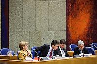 Nederland. Den Haag, 16 februari 2010.<br /> Tweede Kamer, debat rapport Davids, Irak rapport. In vak K : ter Horst, Verhagen, Balkenende en van Middelkoop tijdens de hoofdelijke stemming van de motie van wantrouwen tegen Balkenende.<br /> Foto Martijn Beekman