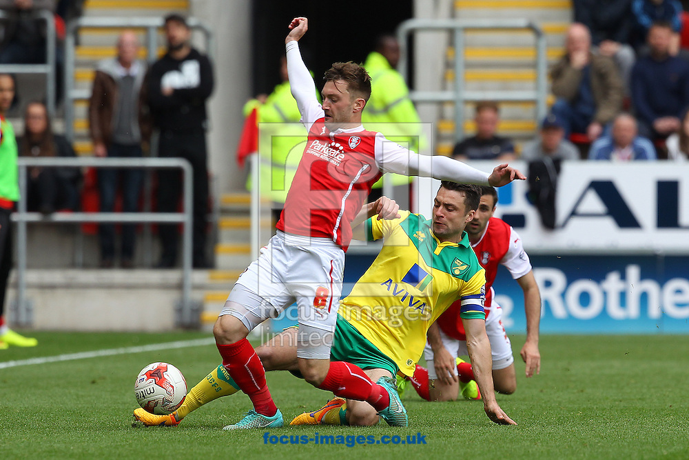 Russell Martin of Norwich and Lee Frecklington of Rotherham United in action during the Sky Bet Championship match at the New York Stadium, Rotherham<br /> Picture by Paul Chesterton/Focus Images Ltd +44 7904 640267<br /> 25/04/2015