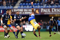 Aled Brew of Bath Rugby is upended in a mid-air collision with Samuel Ezeala of Clermont Auvergne - Mandatory byline: Patrick Khachfe/JMP - 07966 386802 - 15/12/2019 - RUGBY UNION - Stade Marcel-Michelin - Clermont-Ferrand, France - Clermont Auvergne v Bath Rugby - Heineken Champions Cup