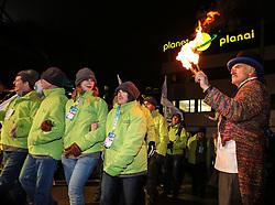 10.01.2016, Schladming, AUT, Special Olympics Pre-Games in Graz-Schladming-Ramsau, Eröffnungsfeier im WM-Park Planai, im Bild der Einmarsch der Nationen, Athleten aus Niederösterreich // athletes from lower Austria during the opening ceremony of the Special Olympics Pre-Games in Schladming, Austria on 2016/01/10. EXPA Pictures © 2016, PhotoCredit: EXPA / Martin Huber