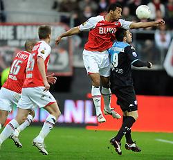 03-04-2010 VOETBAL: AZ - FC UTRECHT: ALKMAAR<br /> FC utrecht verliest met 2-0 van AZ / Ricky van Wolfswinkel en Moussa Dembele<br /> ©2009-WWW.FOTOHOOGENDOORN.NL
