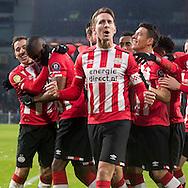 EINDHOVEN, PSV - FC Utrecht, voetbal, Eredivisie, seizoen 2016-2017, 12-02-2017, Philips Stadion, PSV spelers vieren de 1-0 van PSV speler Luuk de Jong (M).