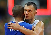 DESCRIZIONE : Vilnius Lithuania Lituania Eurobasket Men 2011 Second Round Lituania Francia Lithuania France<br /> GIOCATORE : Sarunas Jasikevicius Tony Parker<br /> CATEGORIA : ritratto<br /> SQUADRA : Lituania Lithuania<br /> EVENTO : Eurobasket Men 2011<br /> GARA : Lituania Francia Lithuania France<br /> DATA : 09/09/2011<br /> SPORT : Pallacanestro <br /> AUTORE : Agenzia Ciamillo-Castoria/T.Wiendesohler<br /> Galleria : Eurobasket Men 2011<br /> Fotonotizia : Vilnius Lithuania Lituania Eurobasket Men 2011 Second Round Lituania Francia Lithuania France<br /> Predefinita :
