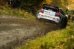 October 28, 2016 - PAYS GALLES - Andreas Mikkelsen (NOR)/ Jaeger Synnevag(NOR)-Volkswagen Polo WRC. (Credit Image: © Panoramic via ZUMA Press)