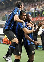L'esultanza dei giocatori dell'Inter per il goal del 1-0 di Samuel Eto'o.<br /> The celebration of Inter players for Samuel Eto'o's 1-0 leading goal.<br /> Milano 23/09/2009 Stadio Giuseppe Meazza San Siro<br /> Inter Napoli - Campionato di Serie A TIM 2009-2010.<br /> Foto Giorgio Perottino/Insidefoto