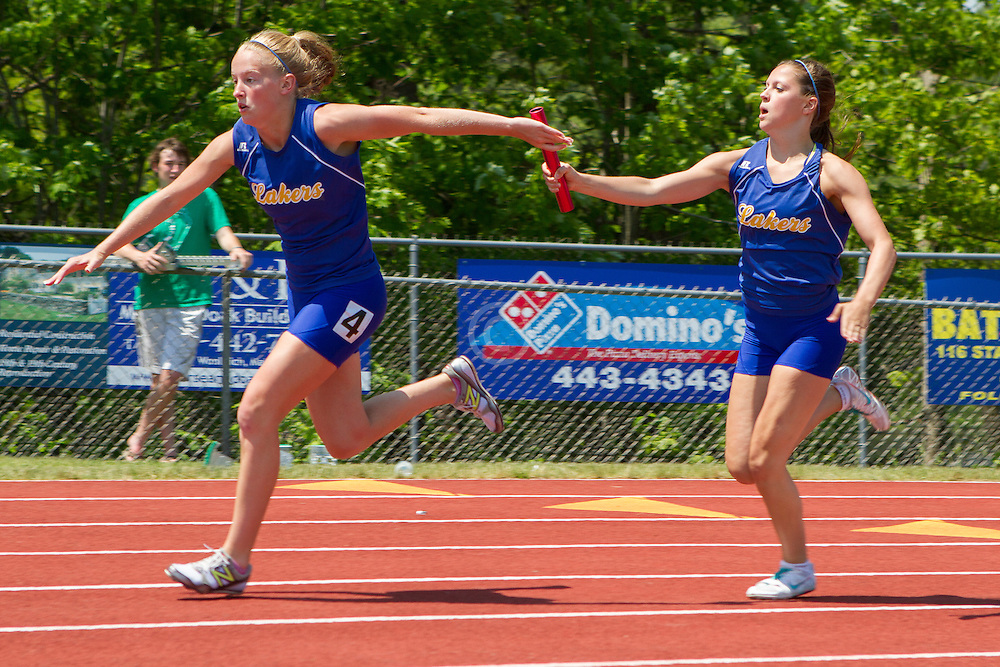 girls 4x 100 meter relay exchange, Maine State Track & FIeld Meet - Class B