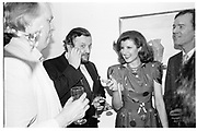 Tim rice, Sheridan Morley, Michael Huffington and Arianna Stassinopoulos Huffington at a private view for a Picaso exhibition. Berkeley Sq. Gallery. London. 5 July 1988. SUPPLIED FOR ONE-TIME USE ONLY> DO NOT ARCHIVE. © Copyright Photograph by Dafydd Jones 66 Stockwell Park Rd. London SW9 0DA Tel 020 7733 0108 www.dafjones.com