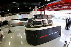 FORMEL 1: GP von Spanien, Barcelona, 08.05.2010<br /> Garage von McLaren, Illustration, Technik<br /> © pixathlon