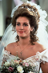1989, Film Title: STEEL MAGNOLIAS, Director: HERBERT ROSS, Studio: TRI, Pictured: CLOTHING, JULIA ROBERTS, HERBERT ROSS, WEDDING GOWN. (Credit Image: SNAP/ZUMAPRESS.com) (Credit Image: © SNAP/Entertainment Pictures/ZUMAPRESS.com)
