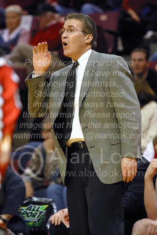 Basketball Coach Tom Richardson
