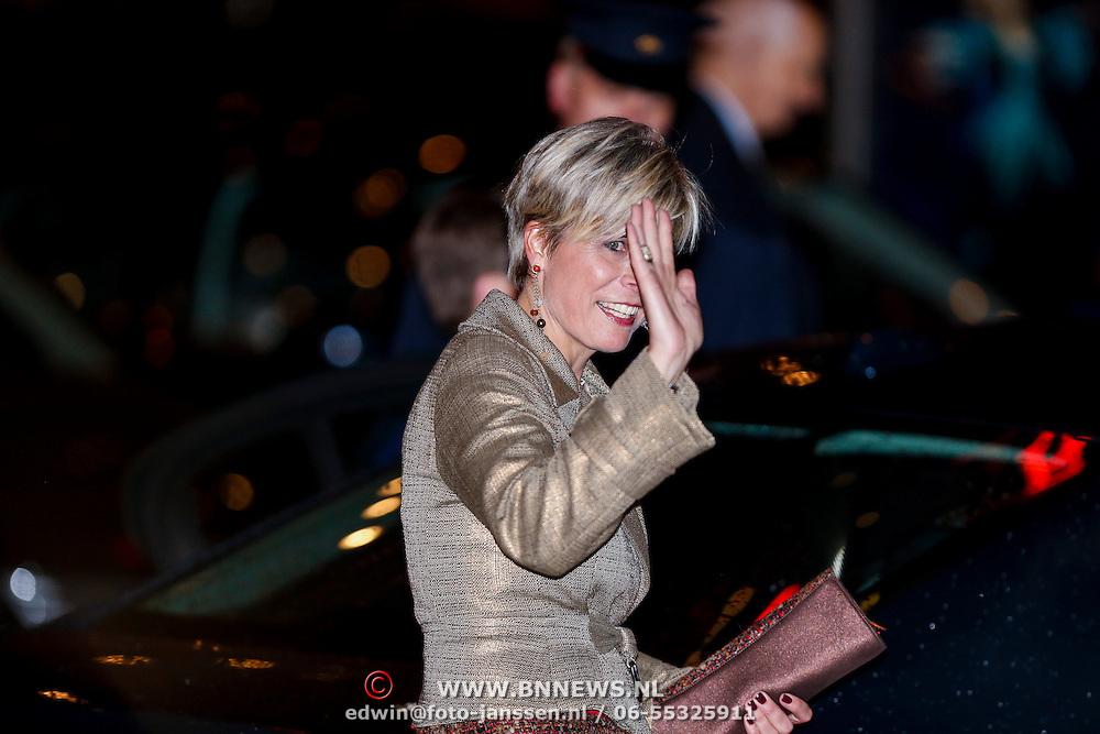 NLD/Utrecht/20130201 - Vertrek 75ste verjaardagfeest  Koninging Beatrix, Prinses Laurentien Brinkhorst