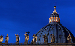 St Peter & Santa Croce, Vaticano, Rome, Italy, Europe, on April 7, 2005. (Photo by Vid Ponikvar / Sportal Images)