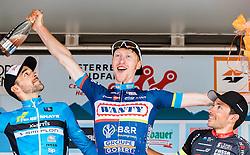 09.07.2016, Wien, AUT, Ö-Tour, Österreich Radrundfahrt, 7. Etappe, Bad Tatzmannsdorf nach Wien/Kahlenberg, im Bild 2. Platz Markus Eibegger (AUT, Team Felbermayr Simplon Wels), Etappensieger Frederik Backaert (BEL, Wanty - Groupe Gobert), 3. Platz Garcia David Belda (ESP, Team Roth) // 2nd place Markus Eibegger (AUT Felbermayr-Simplon Wels) stage winner Frederik Backaert (BEL Wanty - Groupe Gobert) 3rd place Garcia David Belda (ESP Team Roth) during the Tour of Austria, 7th Stage from Bad Tatzmannsdorf to Vienna/Kahlenberg Wien, Austria on 2016/07/09. EXPA Pictures © 2016, PhotoCredit: EXPA/ JFK