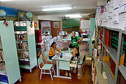 Belo Horizonte_MG, Brasil...Escola Estadual Pascoal Comanducci, localizada no bairro Jaqueline em Belo Horizonte, Minas Gerais...State School Pascoal Comanducci, located in Jaqueline neighborhood in Belo Horizonte, Minas Gerais. ..Foto: VICTOR SCHWANER / NITRO