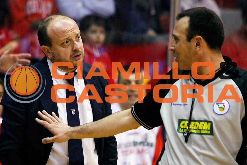 DESCRIZIONE : Milano Lega A 2008-09 Armani Jeans Milano Bancatercas Teramo<br /> GIOCATORE : Andrea Capobianco Arbitro<br /> SQUADRA : Bancatercas Teramo<br /> EVENTO : Campionato Lega A 2008-2009<br /> GARA : Armani Jeans Milano Bancatercas Teramo<br /> DATA : 04/04/2009<br /> CATEGORIA : Ritratto Delusione<br /> SPORT : Pallacanestro<br /> AUTORE : Agenzia Ciamillo-Castoria/G.Cottini