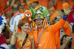 13-06-2012 VOETBAL: UEFA EURO 2012 DAY 6: POLEN OEKRAINE<br /> Dutch support during the UEFA EURO 2012 group B match between Netherlands en Germany at Metalist Stadium, Charkov, UKR<br /> ***NETHERLANDS ONLY***<br /> ©2012-FotoHoogendoorn.nl