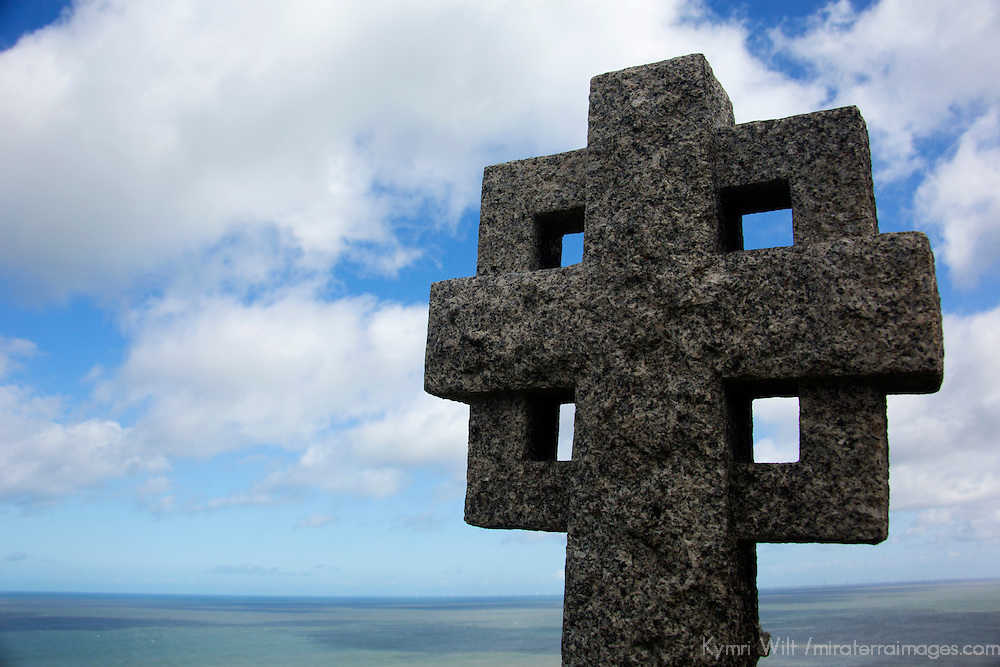 Europe, United Kingdom, Wales, Conwy. Celtic cross at St. Tudno churchyard on the Great Orme, Wales.