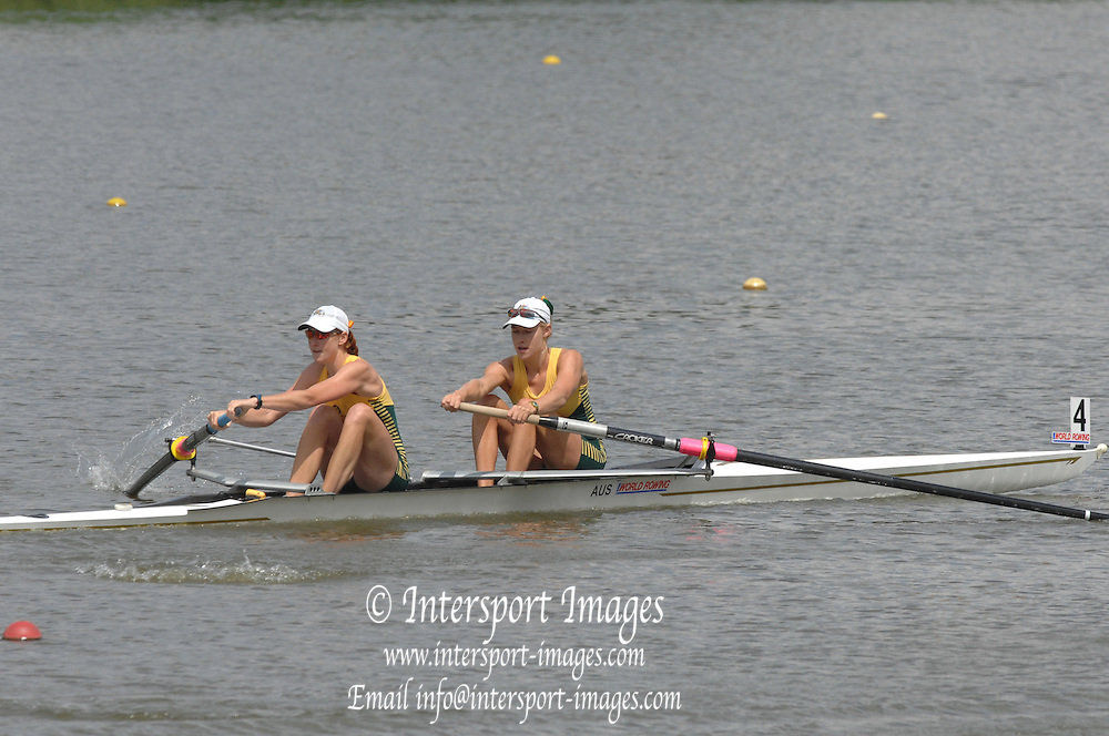 Amsterdam, HOLLAND,AUS W2- at the start,  Bow Kim CROW and Sarah COOK, at the 2007 FISA World Cup Rd 2 at the Bosbaan Regatta Rowing Course. 23.06.2007[Mandatory Credit: Peter Spurrier/Intersport-images]...... , Rowing Course: Bosbaan Rowing Course, Amsterdam, NETHERLANDS